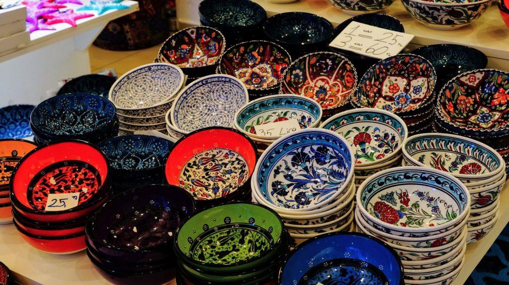 turecka porcelana
