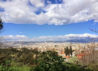 Pogoda w Atenach w październiku
