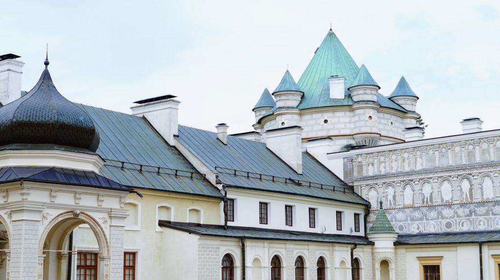 zamek krasiczyn podkarpacie