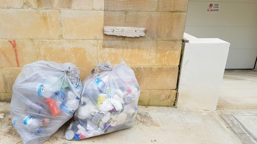 śmieci na Malcie