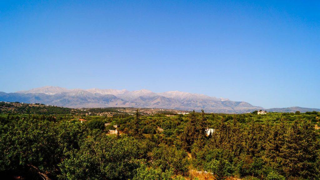 Almyrdia Kreta widok na góry Białe